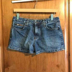 LEI Women's Jean Shorts gently used